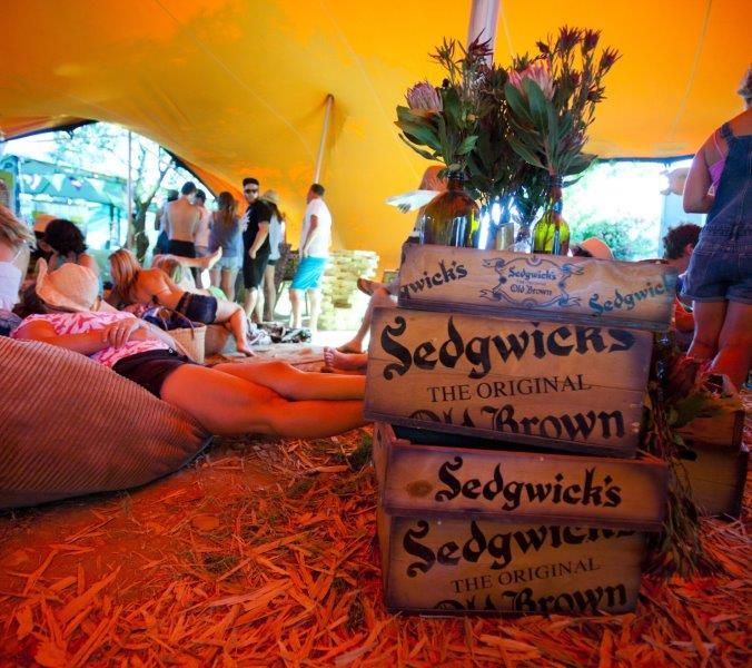 Sedgwicks-Old-Brown-at-UpTheCreek-03-LR