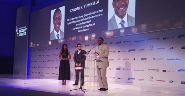 AUW12-Kandeh-Yumkella-at-awards1